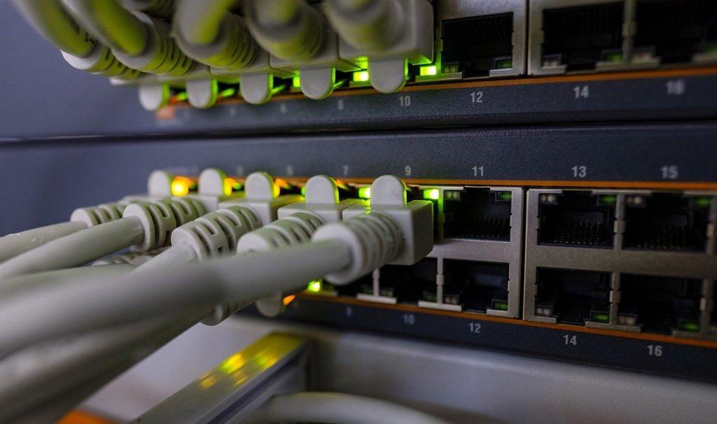 Réseau informatique et téléphonique